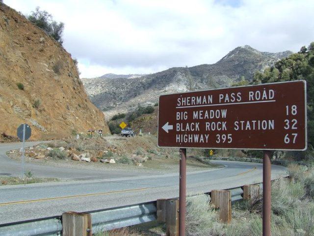sherman_pass_road_sign